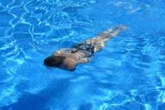swimming-nadir-005